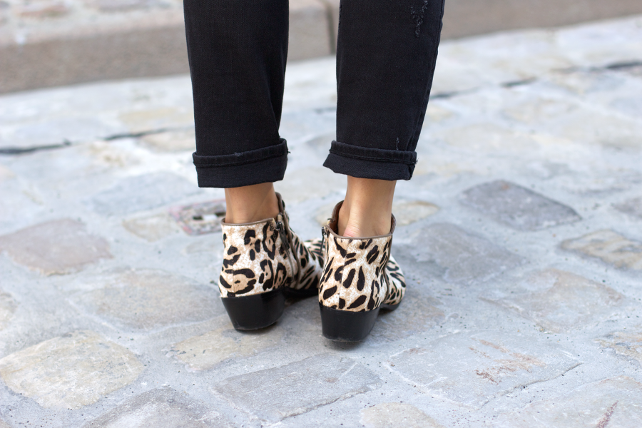 Black Outfit Leopard Petty Boots
