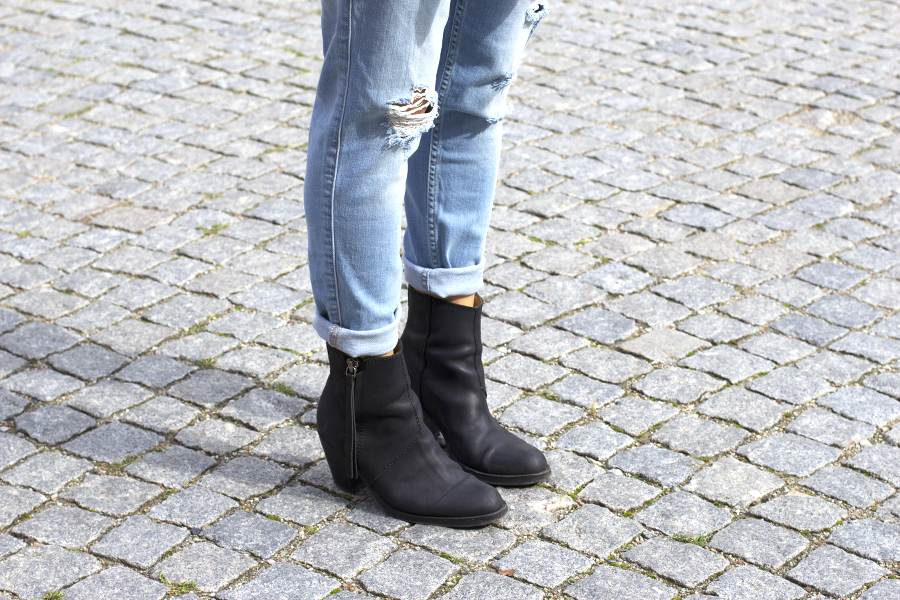 Acne Pistol Boots Outfit
