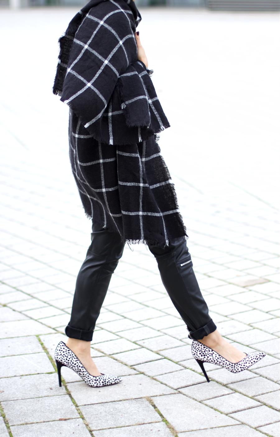 Sessun Hat Zara Grid Scarf