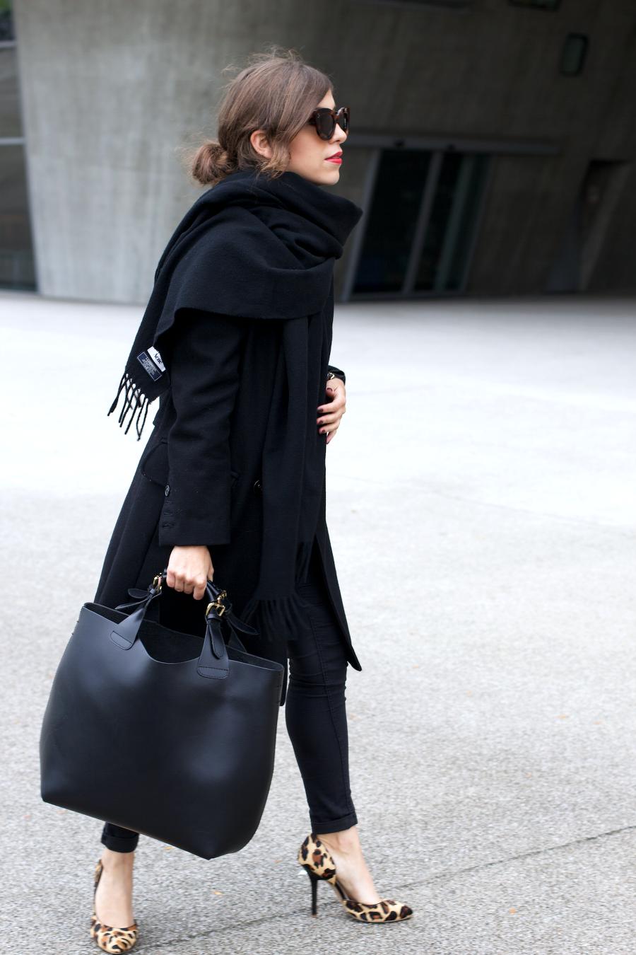 All Black Outfit Leopard Pumps