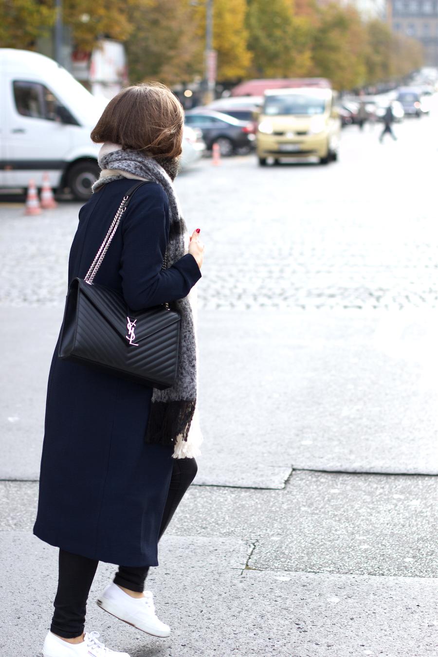 outfit saint laurent bag