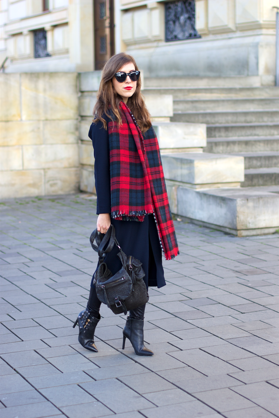 Checked Plaid Oversized Scarf
