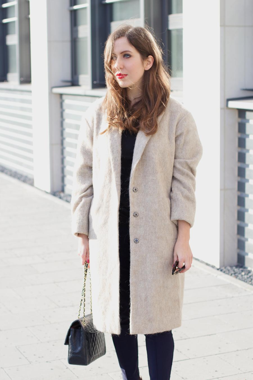 Asos Camel Coat Chanel Bag Chloé Susanna