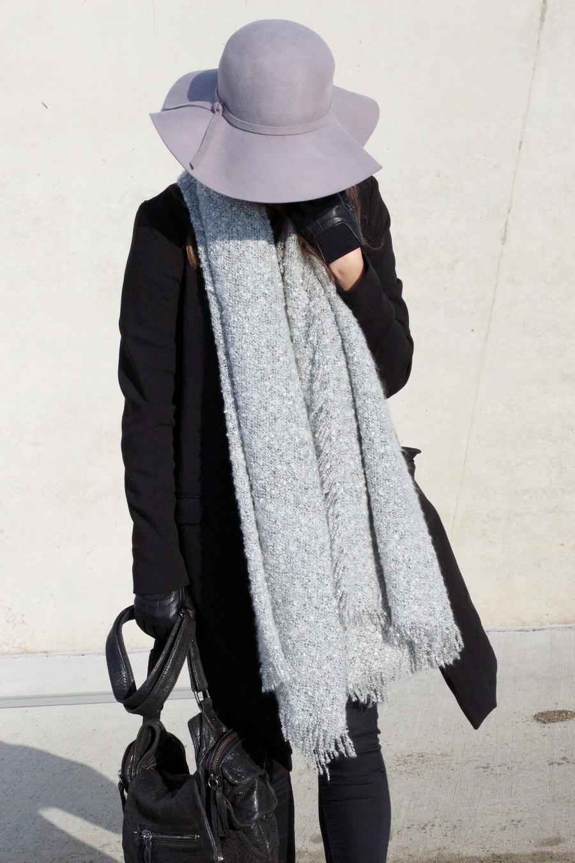 Black Grey Outfit Acne Jensen Sahara Boots