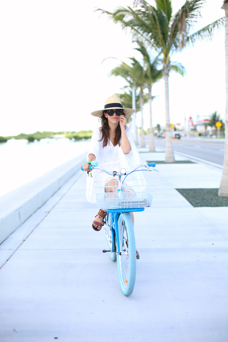 White Tunic Key West Outfit