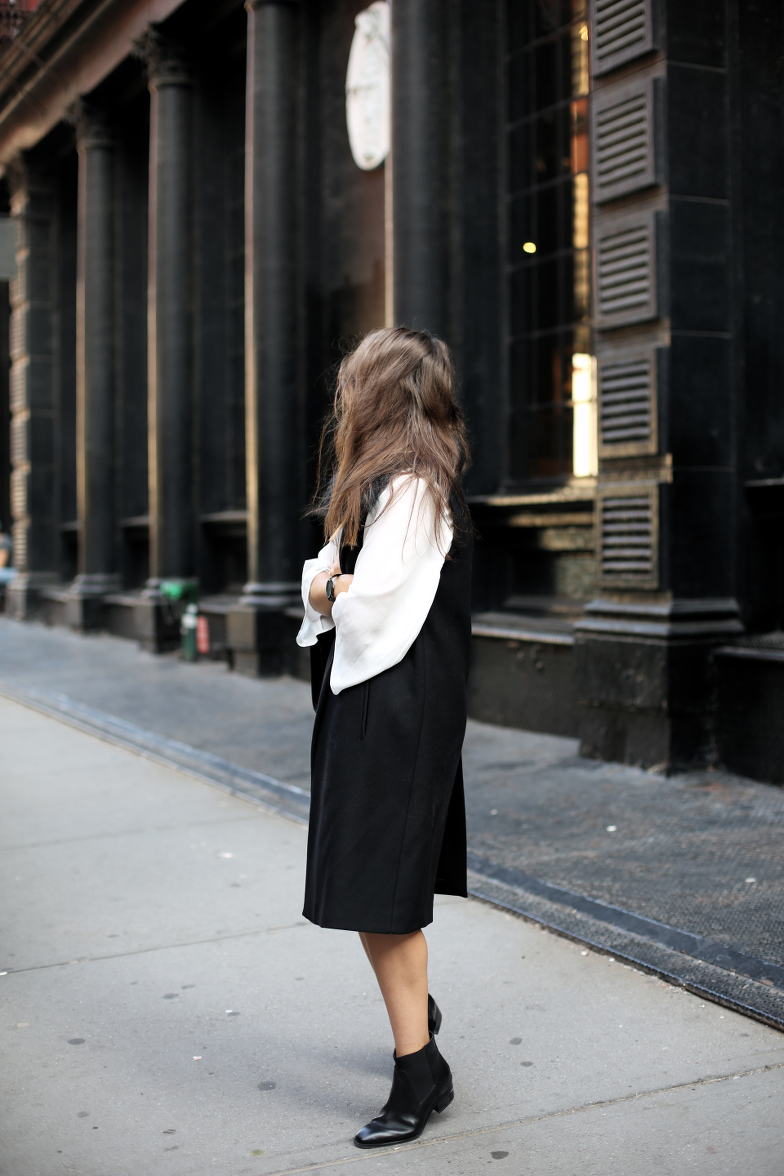 Black White New York Outfit Blog