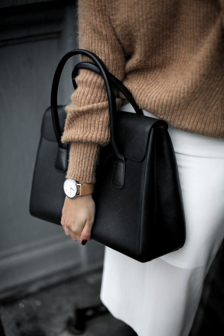 Black and White Spring Outfit