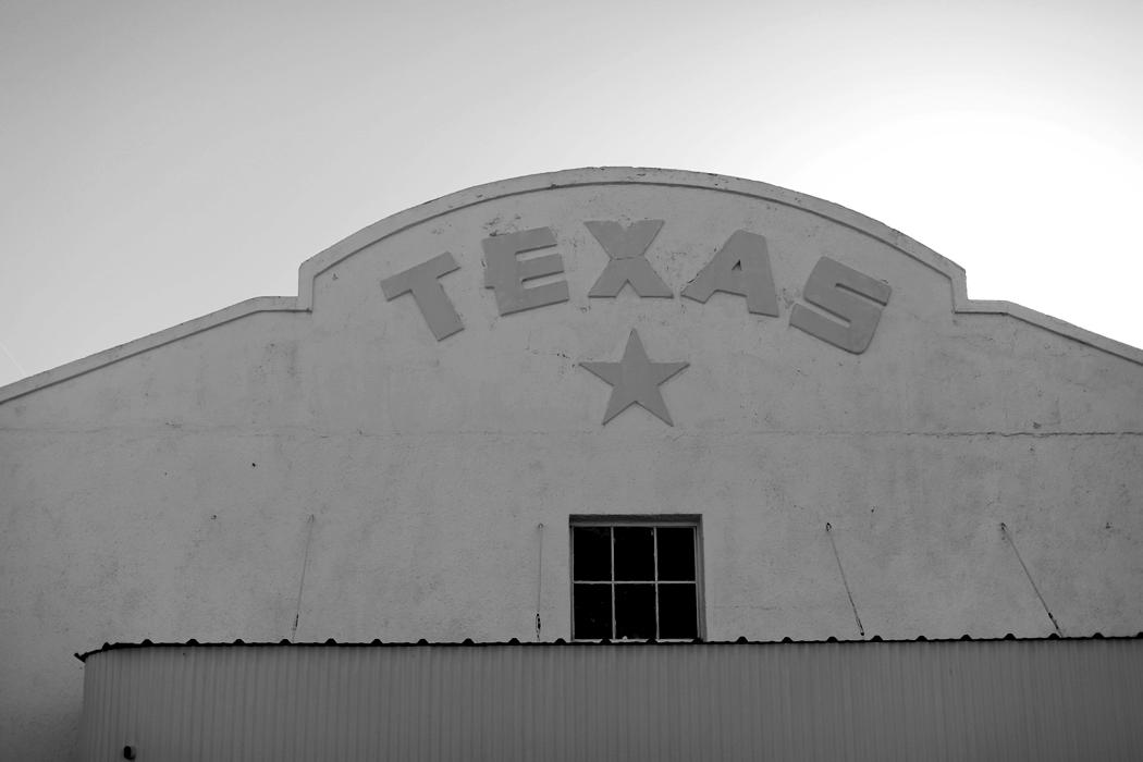 Dashing Rider Marfa Texas Travel Guide