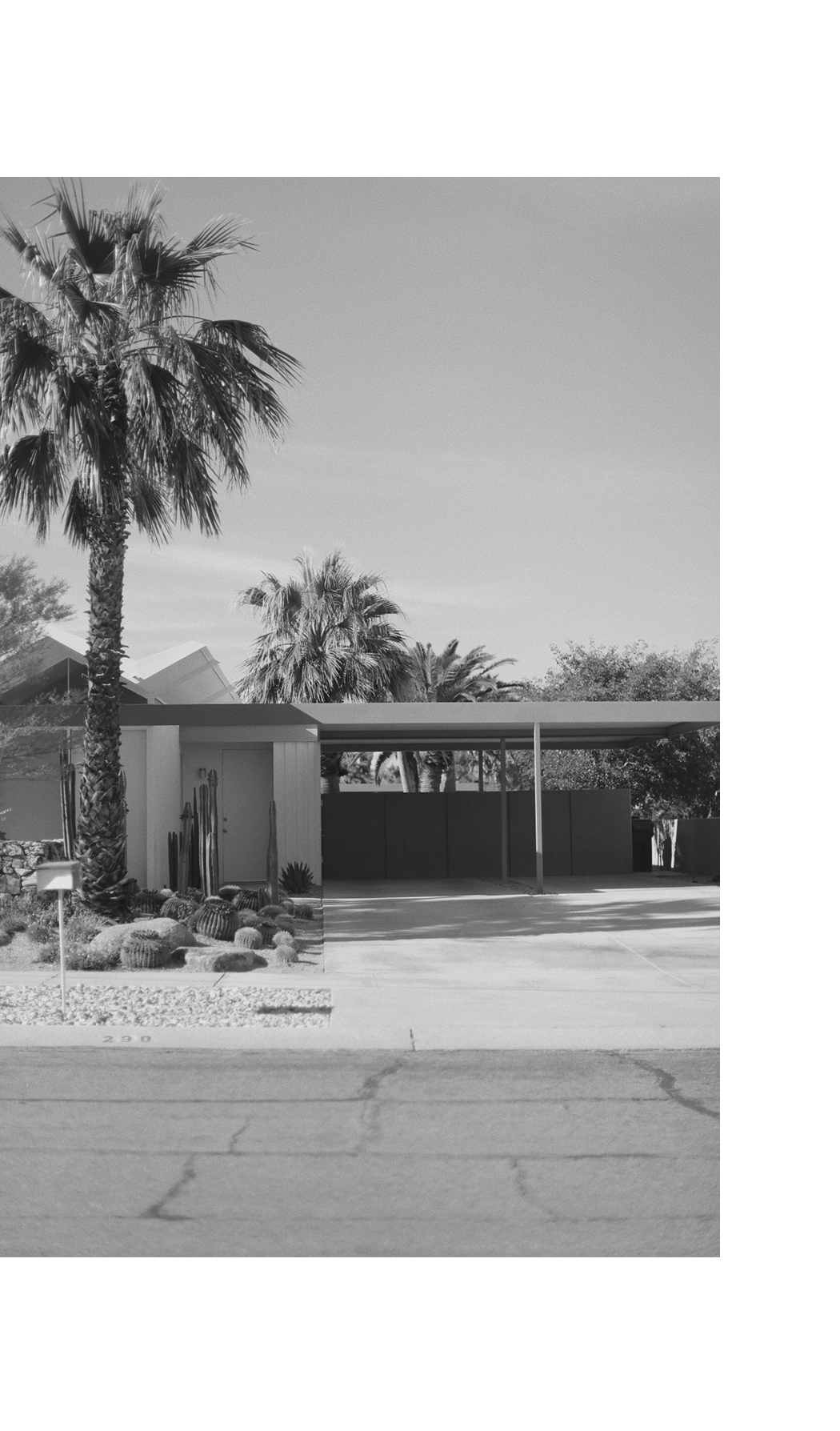 The Dashing Rider - PALM SPRINGS Architecture