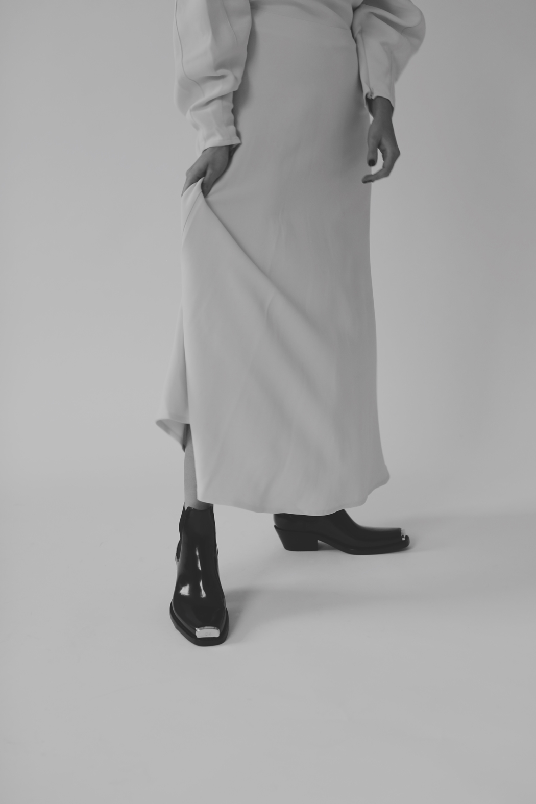 The Look - Fiona Dinkelbach Beaufille & Calvin Klein Claire Western Boots