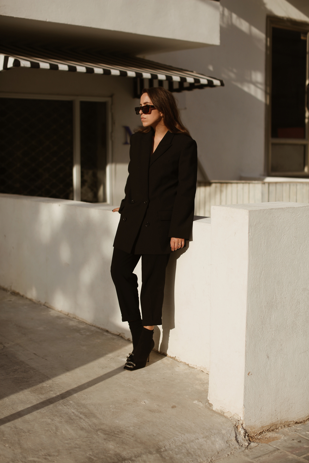 All Black Outfit Gucci Dionysus Pumps - A series by Fiona Dinkelbach