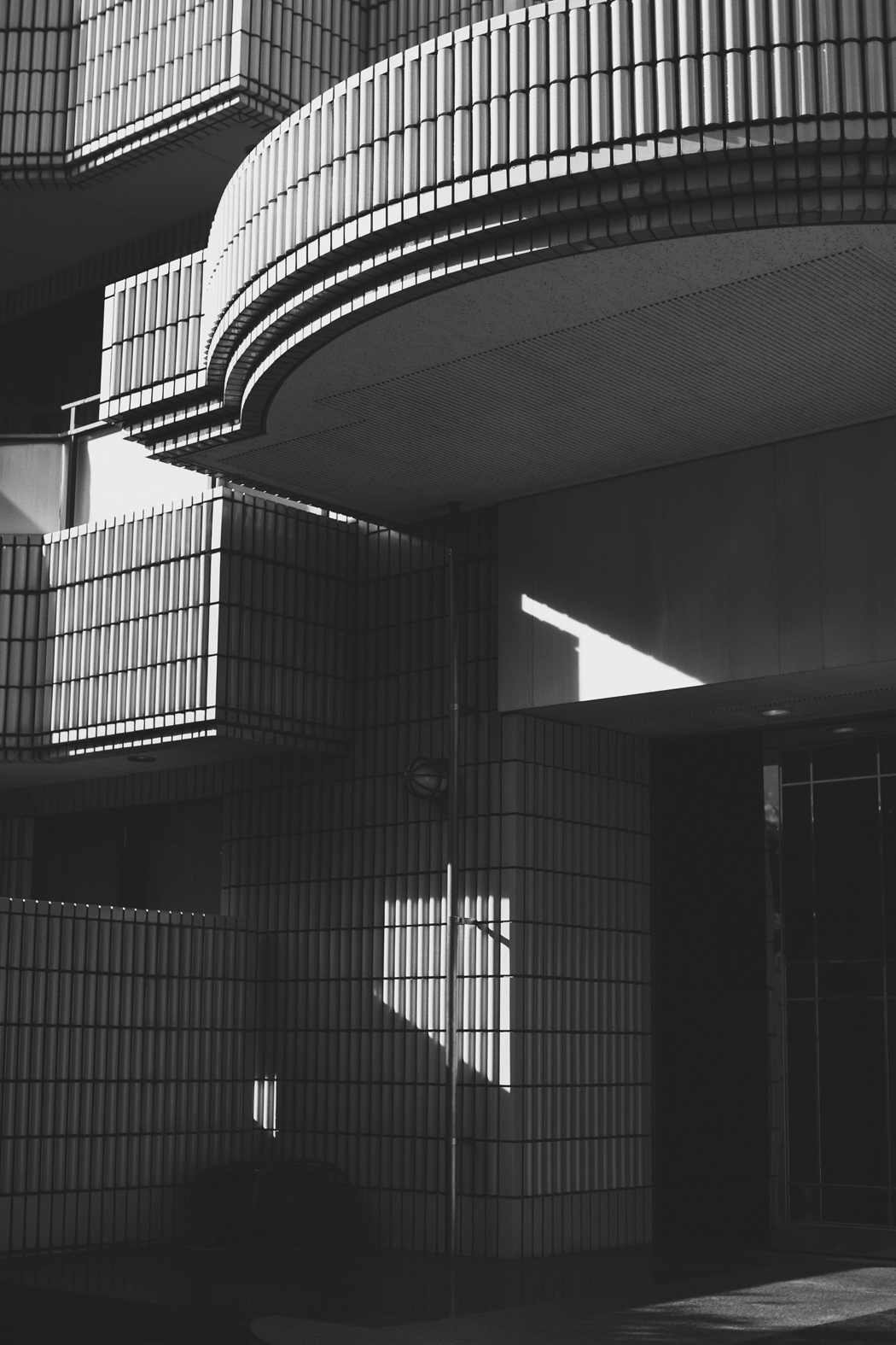A visual Story: The Architecture Of Tokyo - Photography by Fiona Dinkelbach
