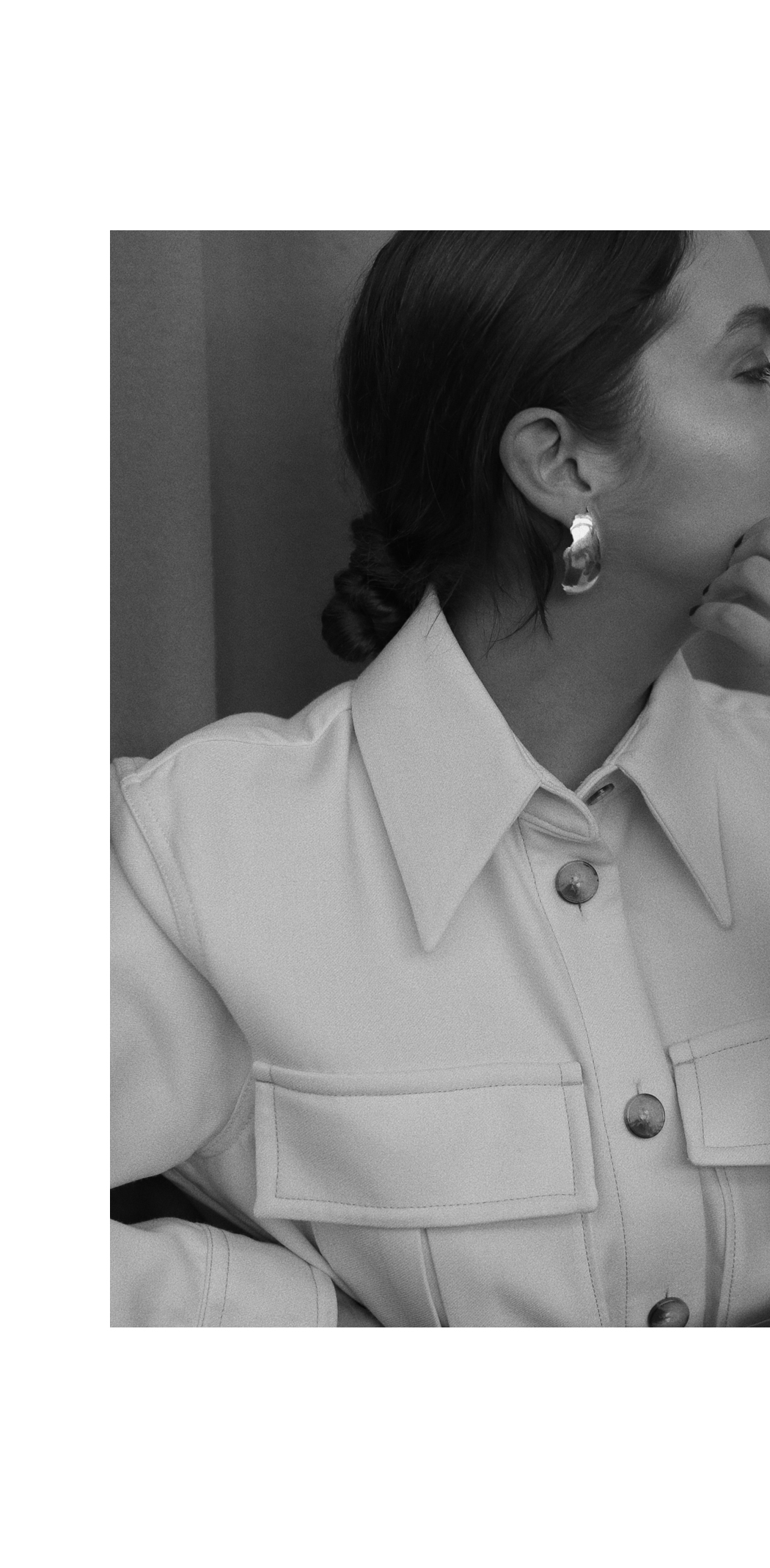 Editorial: All Blues Earrings & Other Stories Workwear Jacket - Outfit by Fiona Dinkelbach
