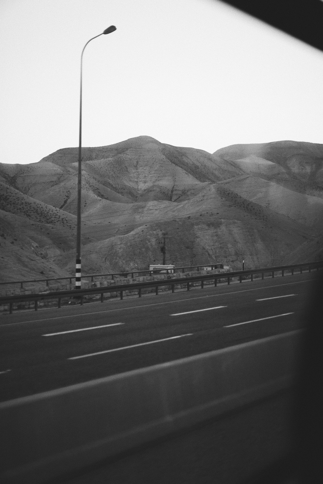 A Visual Story - Shot by Fiona Dinkelbach - Road to Dead Sea, Israel
