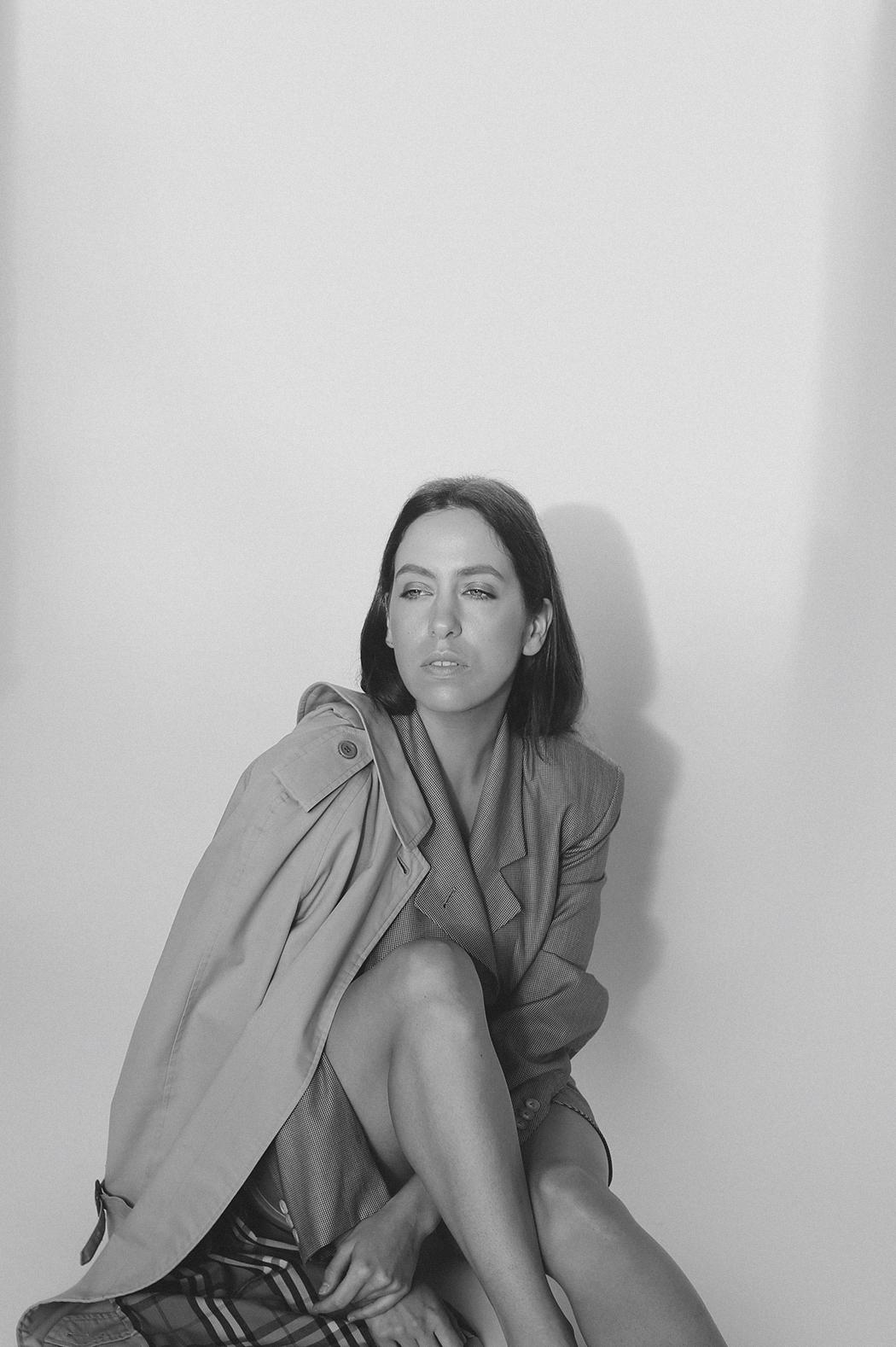 OUTFIT: A Burberry Trenchcoat & Jil Sander Blazer. Fiona Dinkelbach