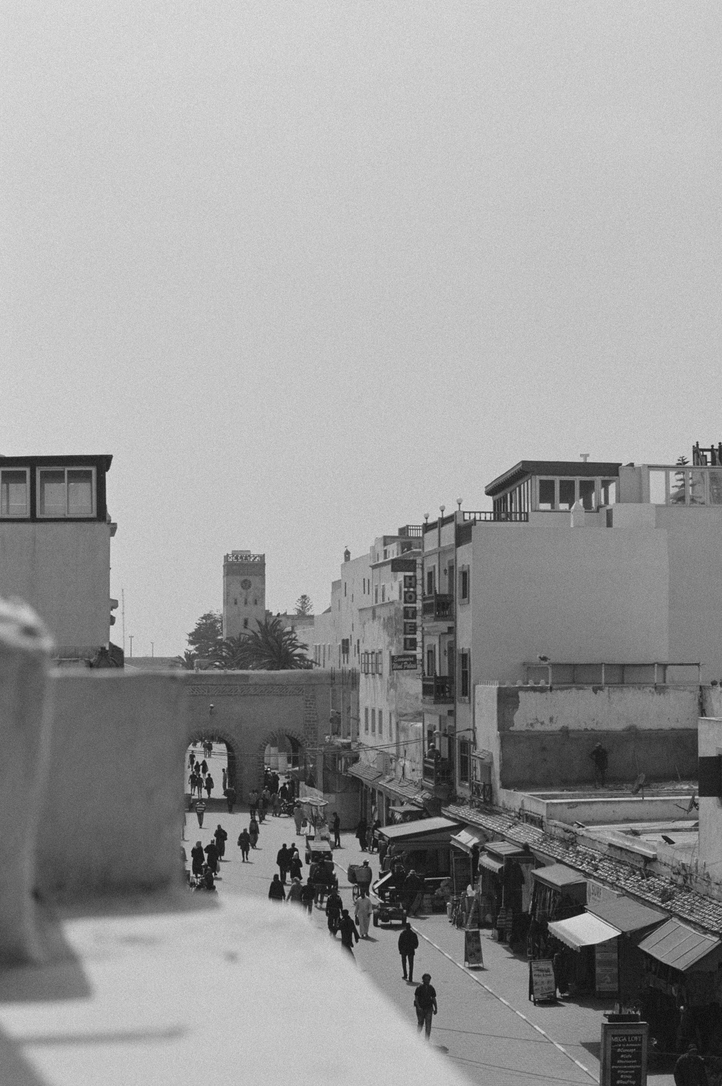 Morocco On Film: A Visual Story. Fiona Dinkelbach